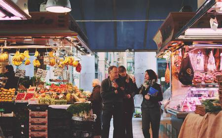 Barcelona: Spanish Brunch and Market Tour with a Local