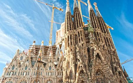 Barcelona Sightseeing Tour and Sagrada Familia Ticket