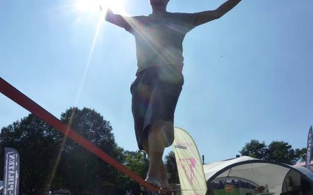 Munich: 3-Hour Slacklining Course in Olympiapark