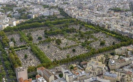 Paris: 2.5-Hour Private Pére Lachaise Cemetery
