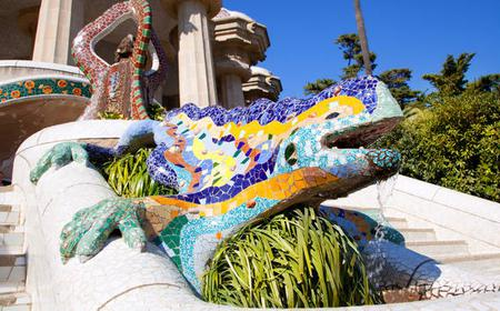 Barcelona: Best of Gaudí and La Pedrera Half-Day Tour