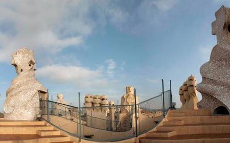 Barcelona: Montserrat, La Pedrera & Món Sant Benet Tour