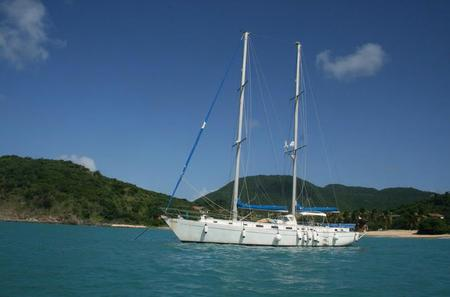 St Maarten Sail and Snorkel Adventure with Lunch