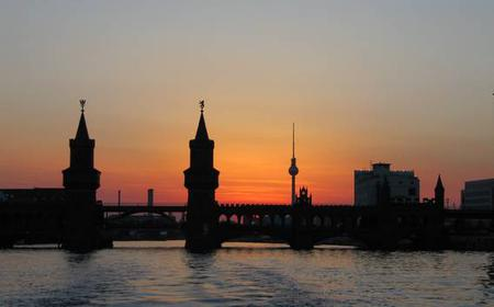 Berlin Welcome Tour: Private Tour with a Local