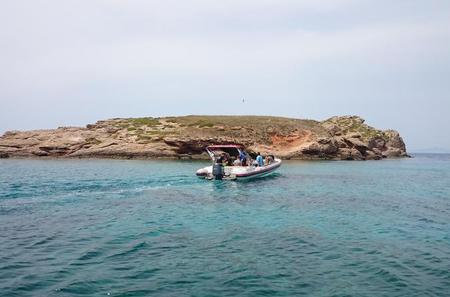 Private Cruise in Athens with Snorkeling and Swimming