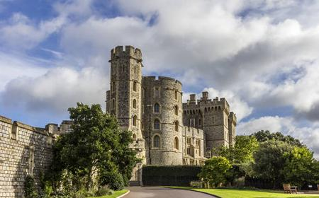 Stonehenge, Bath & Windsor Castle Day Tour from London