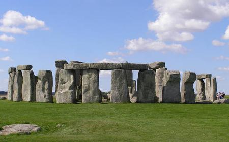 Stonehenge and Bath Small Group Tour with Secret Site