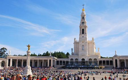 Fátima and Óbidos Full-Day Private Tour from Lisbon