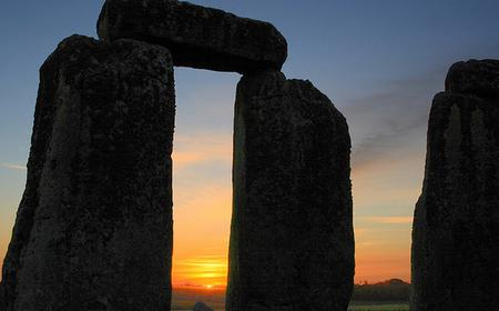 Stonehenge, Stratford, Bath & Cotswolds Day Tour from London