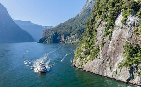 Milford Sound Discover More Cruise