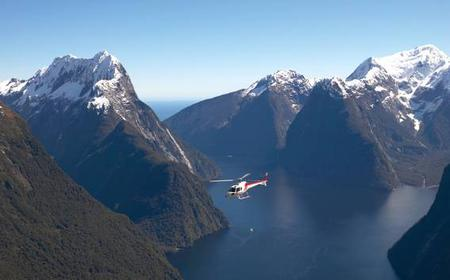 Milford Sound Scenic Helicopter Flight with Glacier Landing