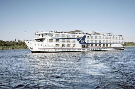 3 Night 4 Day Nile Cruise Aswan to Luxor- Luxury 5 stars Cruise with private tour guide
