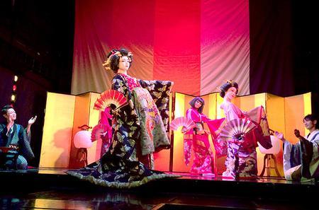 Oiran Cabaret Show at Kaguwa in Roppongi