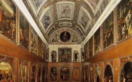 Florence: Monday Walking Tour & Visit to the Old Palace
