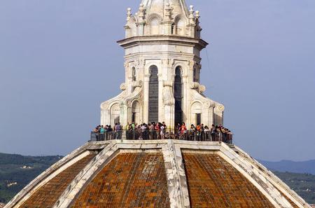 David and Duomo Tour: Early Accademia and Skip the Line Dome Climb