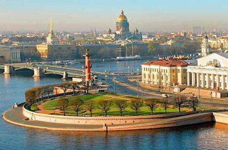 3-Day Visa-Free Cruise to Saint Petersburg from Helsinki