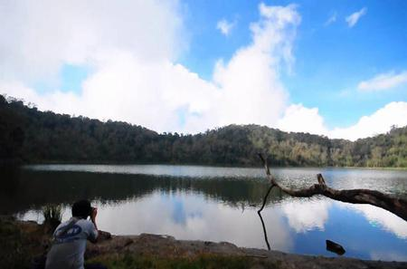 Volcano and Lagoon of Chicabal Walking Tour