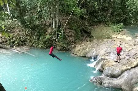 Private Tour Blue Hole and River Gully Rain Forest Adventure Tour from Kingston