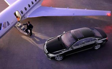 Belgrade: Nikola Tesla Airport Private Transfer