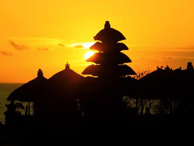 Monkey Forest Mengwi Temple and Sunset at Tanah Lot from Bali