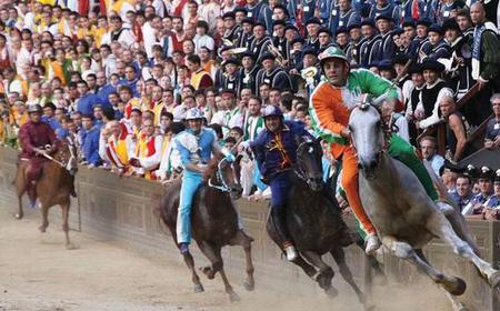 Siena's Palio Horse Race: Full-Day Trip from Florence