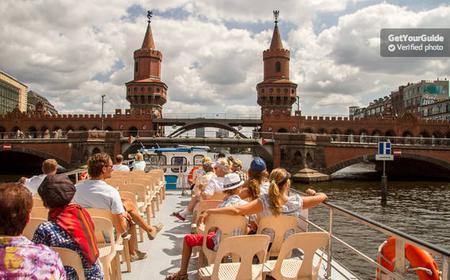 Jannowitzbrücke: 75min Spree Cruise & Seat Guarantee