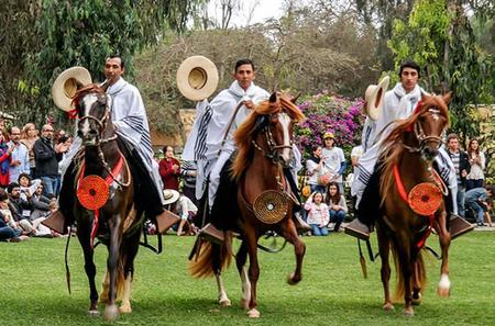 Pachacmac Ruins Tour, El Paso Horse Show and Typical Dances from Lima