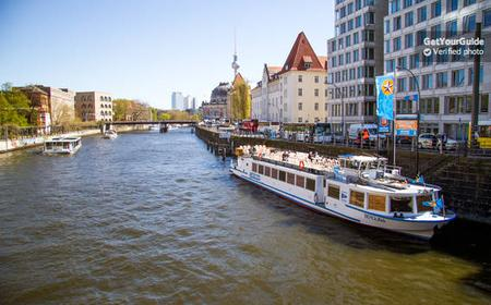 Berlin: 2.5-Hour Boat Tour Along the River Spree