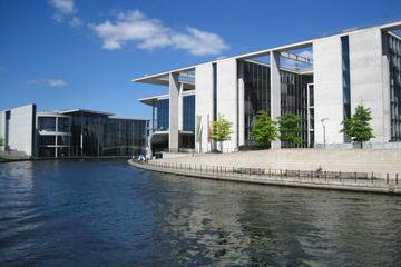Berlin City Highlights Cruise on the River Spree