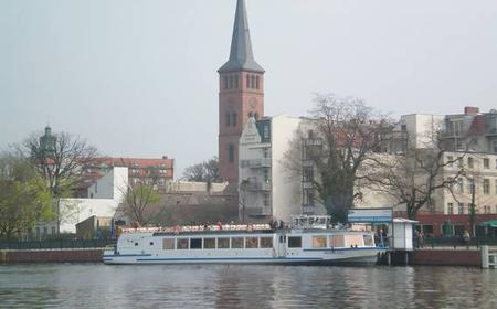 From Berlin Treptow: Full-Day Boat Cruise to Neue Mühle