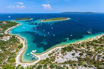 Blue Lagoon Snorkeling Private Boat Tour from Split