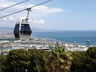 Barcelona Morning Tour with Cable Car Ride to Montjuic Castle