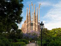Barcelona 360 Degree Land Sea and Air. Including La Sagrada Familia and Parc Guell Visit