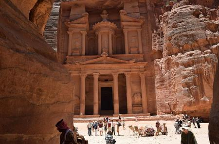 Private Chauffeur Service to Petra from Amman