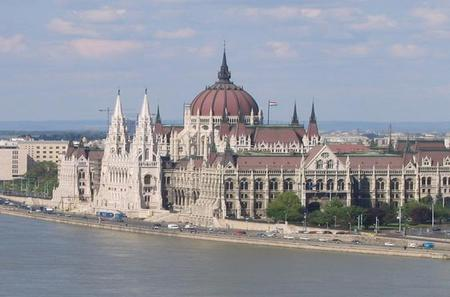 Private Transfer to Budapest from Zagreb