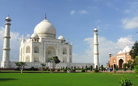 Full Day Taj Mahal & Agra Tour from Delhi by Car
