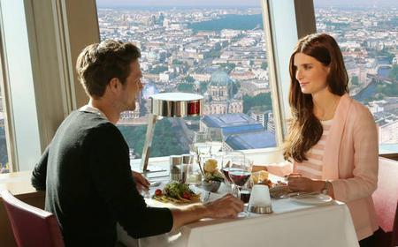 TV Tower Berlin: VIP Entrance & Champagne Breakfast