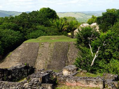 Xunantunich Maya Temples and Belize Zoo