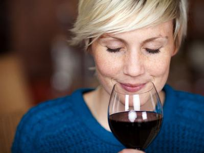 Medoc Chateaux Tour with 2 Chateaux Visits a Wine Tasting Class and Apertif - Summer Tour