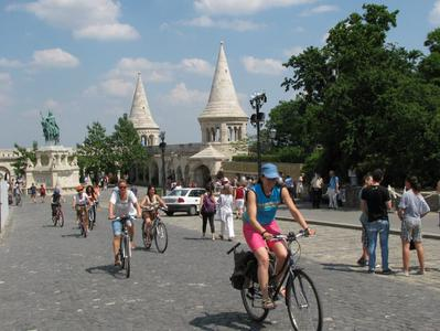 Easy Breezy Budapest Bicycle Tour