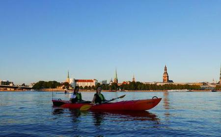 Riga: Kayaks + Canals Night Tour with Picnic Meal