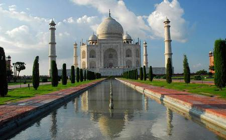Overnight trip to Taj-Mahal with Express Trains