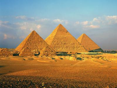 Giza Pyramids Memphis and Sakkara Private Day tour with Lunch