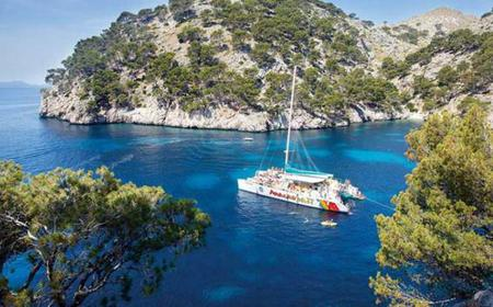 Mallorca: Cruise the North on a Catamaran w/ Lunch