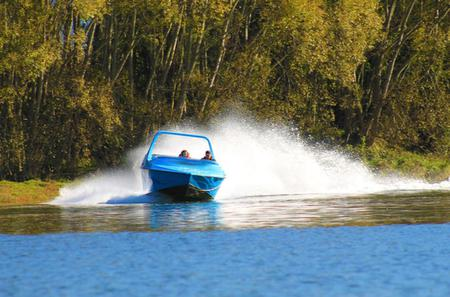 Private Tour: Jet Boat Thrills and Seafood Lunch in Marlborough