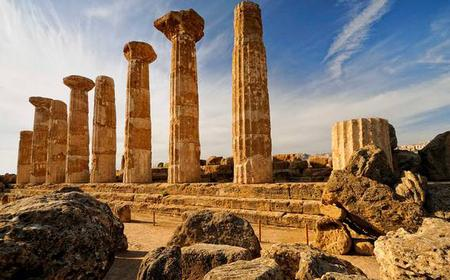Full-Day Bus Tour of Sicily's Agrigento and Piazza Armerina