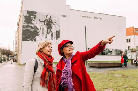 Private 3-Hour Berlin Walking Tour: East and West Berlin Cold War Tour with a Local Host
