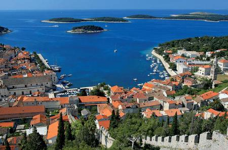 Private Boat Tour to Hvar and Pakleni Islands from Trogir