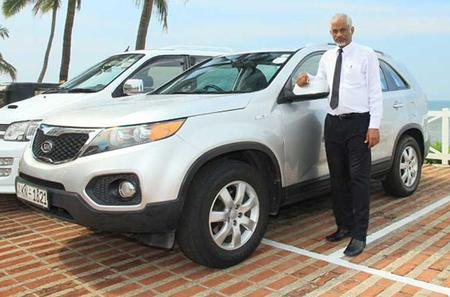 Private Arrival Transfer from Colombo International Airport CMB to Hotels in Negombo