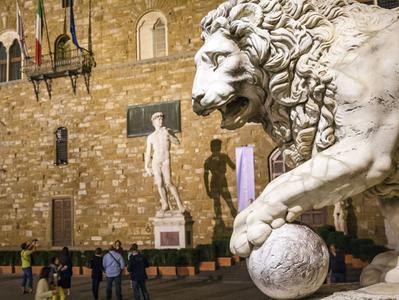 Guided Tour To Palazzo Vecchio Piazza Signoria and Loggia Dei Lanzi